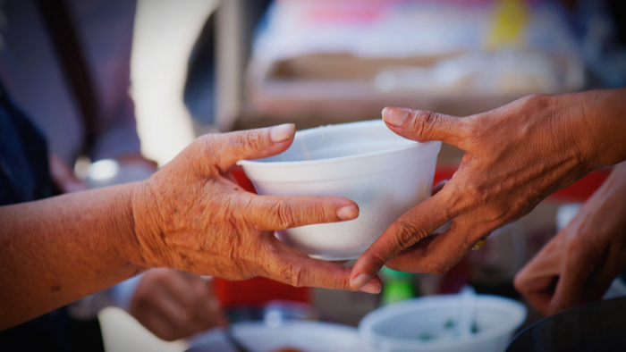 sharing-food-with-homeless-people-is-now-protected-by-first-amendment-1618356899.jpg
